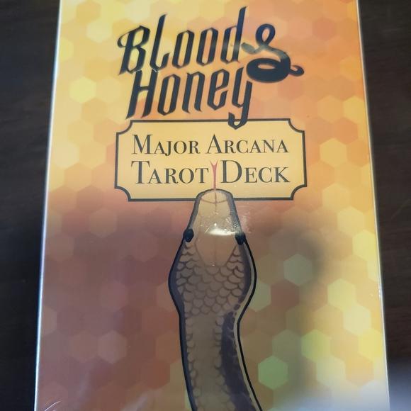 Serpent & Dove Major Arcana Tarot Deck